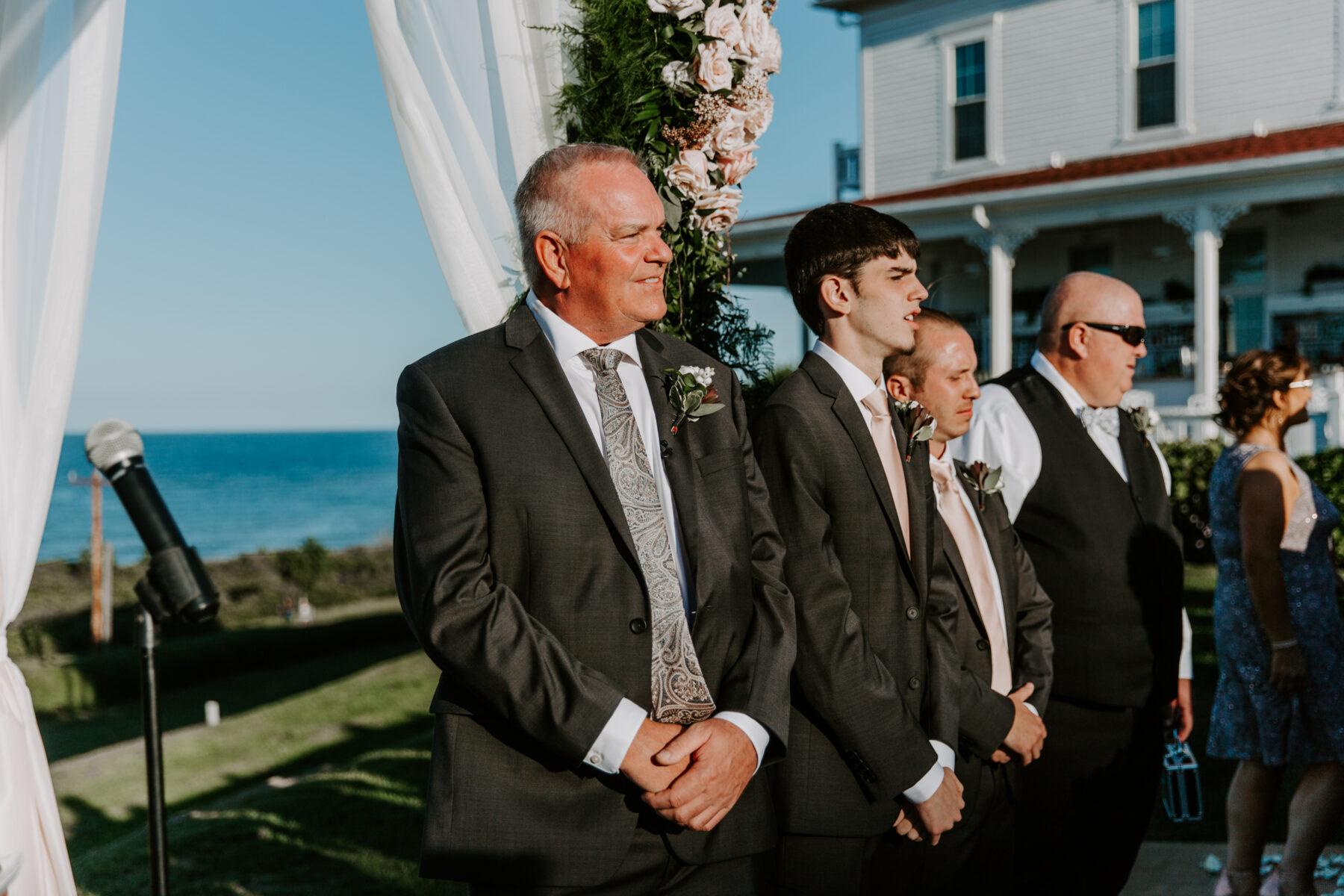 Spring House Block Island Wedding Abby and Lance Blueflash Photography 15