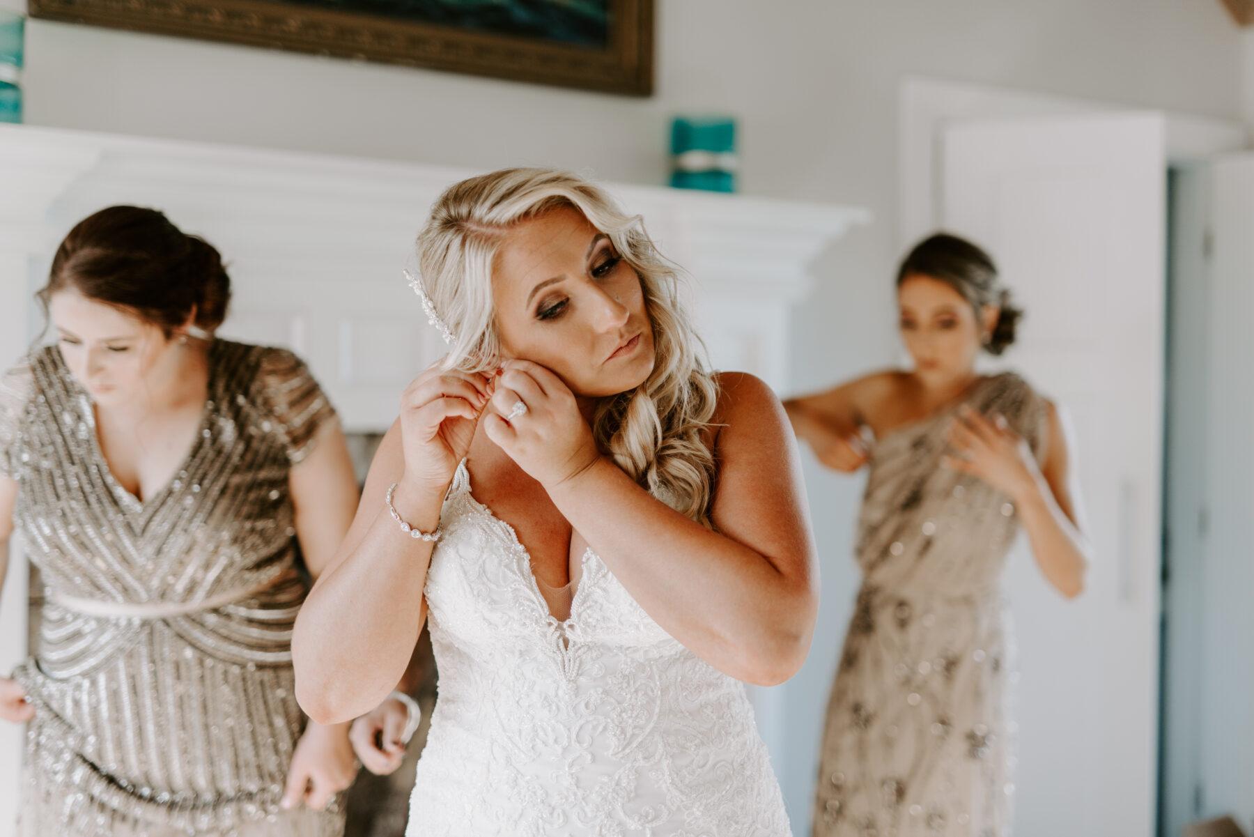 Spring House Block Island Wedding Abby and Lance Blueflash Photography 6