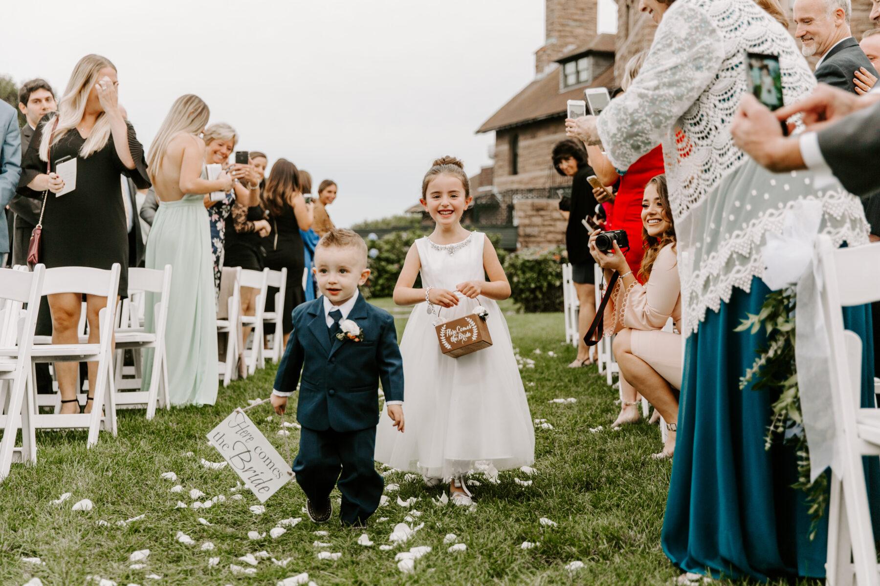 OceanCliff Newport Wedding Carley and Brian Blueflash Photography 17