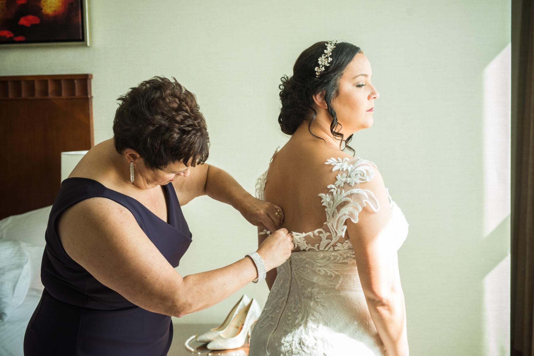Rhodes on the Pawtuxet Cranston Wedding Carolyn and Tony Blueflash Photography 4