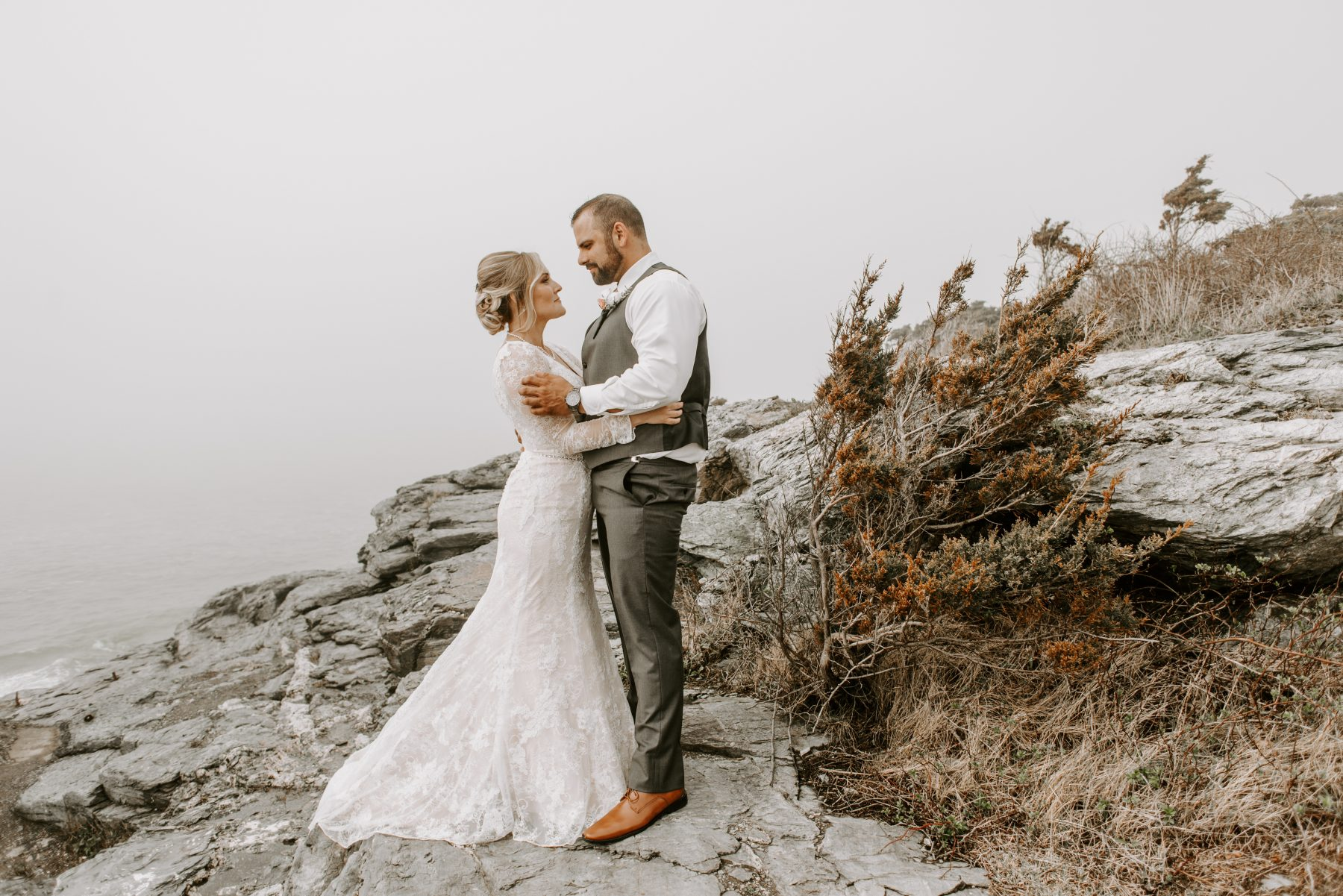 Castle Hill Newport Elopement Lorrie and Ed Blueflash Photography 12