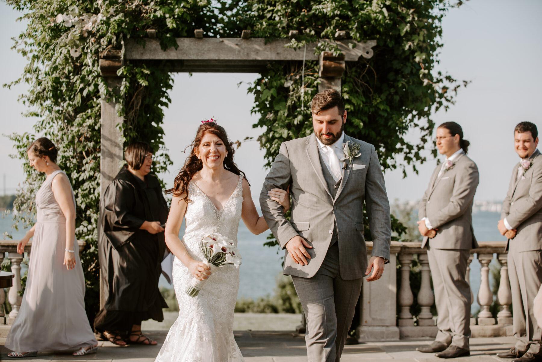 Castle Hill Newport Wedding Liz and Mike Blueflash Photography 7