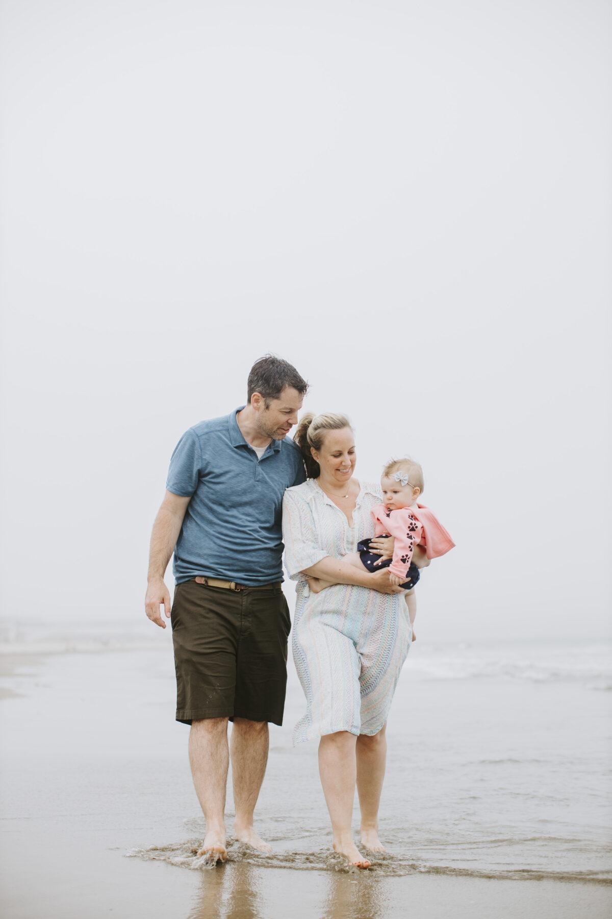 Rhode Island Beach Family Session Jen and Mark Blueflash Photography 10