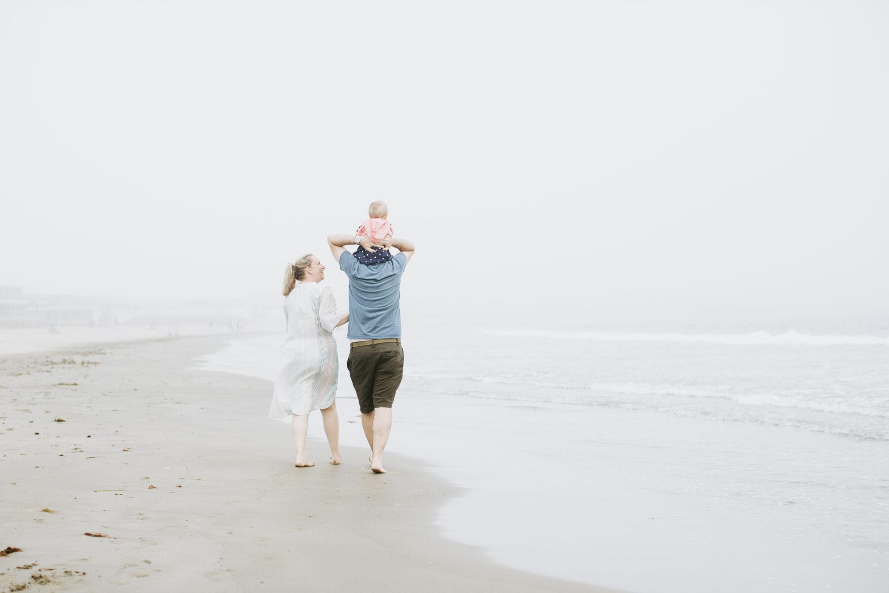 Rhode Island Beach Family Session Jen and Mark Blueflash Photography 9