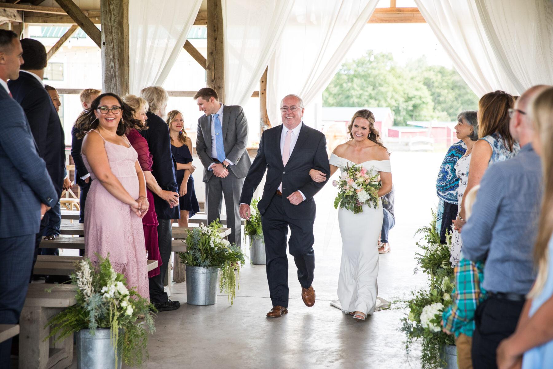 Valley View Farm Haydenville Wedding Kristin and David Blueflash Photography 14 1