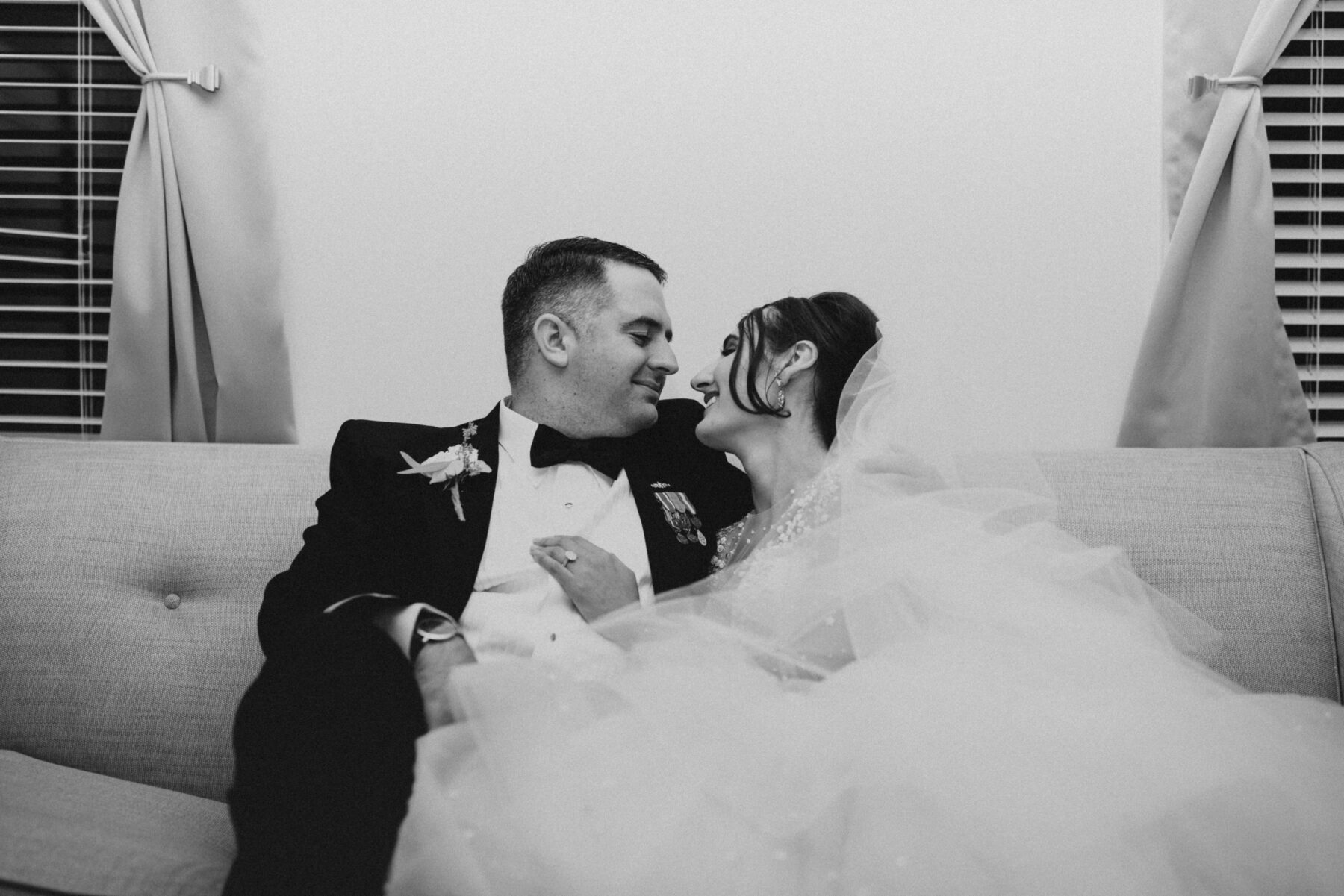 Oceancliff Newport Wedding Danielle and Scott Blueflash Photography 21