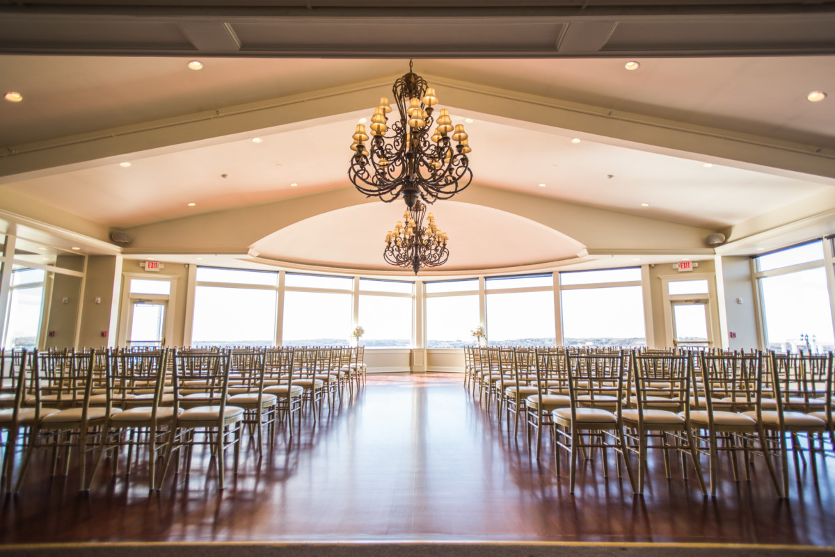 Vendor Spotlight   OceanCliff Weddings