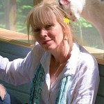 Linda Fisher Profile with Cat_web