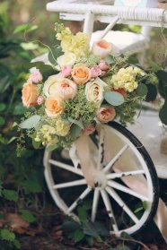 Peach, yellow and ivory Bridal Bouquet - Melissa Enid Photography