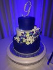 Stunning cake by Party Flavors, flowers by Bluegrass Chic