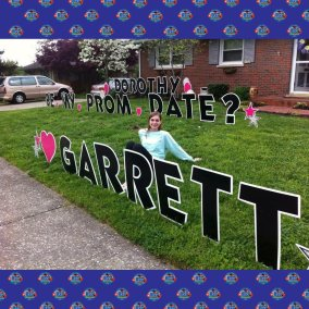 yard-card-prom