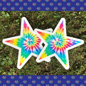 yard-card-tie-die-stars-square