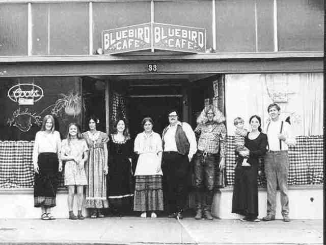 Bluebird Café, staff and customer.
