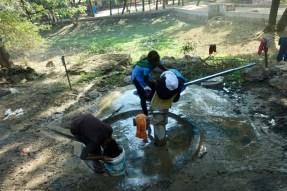 children washing in India