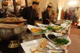 indian wedding Jaipur Royal Palace buffet