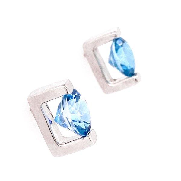 Caribbean Blue Topaz Earrings side view.