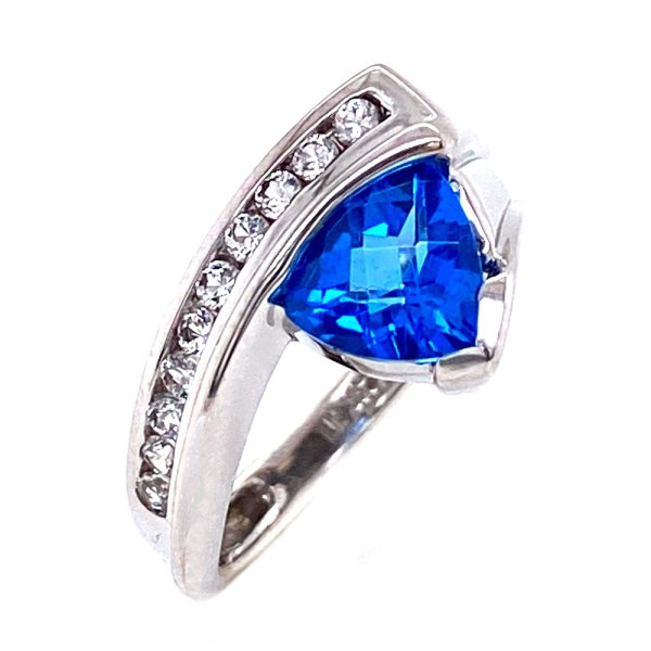 Kashmir Blue Topaz Trillion Ring angle view.