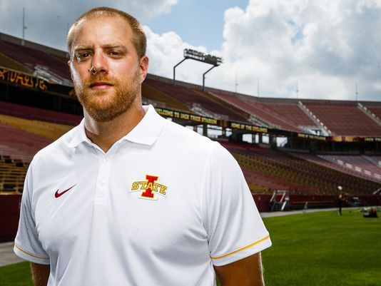 Iowa State OC Manning leaving for NFL's Colts