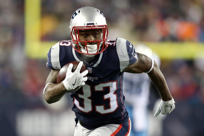 Patriots running back Dion Lewis finds a new home in Tennessee