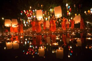 Loy Krathong – Floating Lights Down the Thames