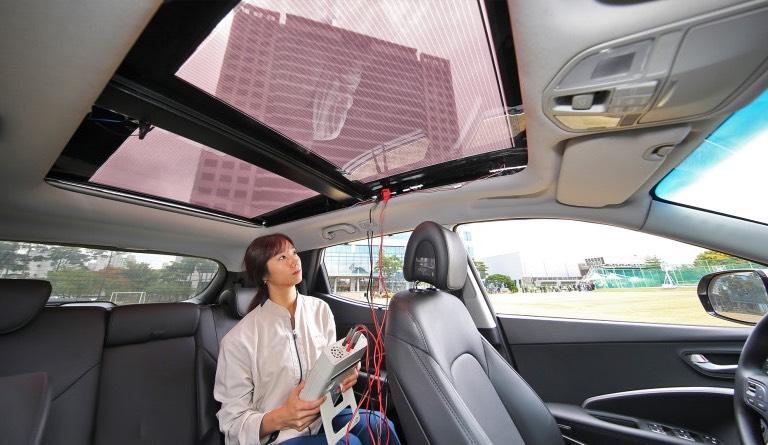Solární střecha Kia