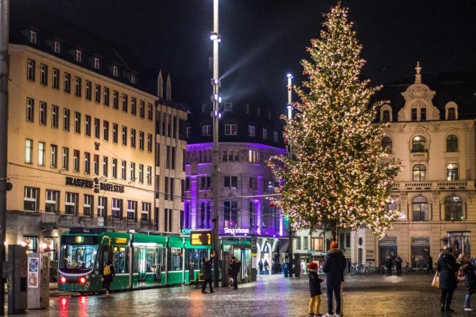Marktplatz v Baslu (Božični sejem v Baslu)