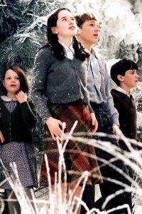 Georgie Henley as Lucy, Skandar Keynes as Edmund, William Moseley as Peter  and Anna Popplewell as Susan Pevensie.