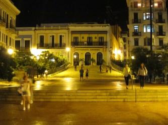 Toward Calle Luna