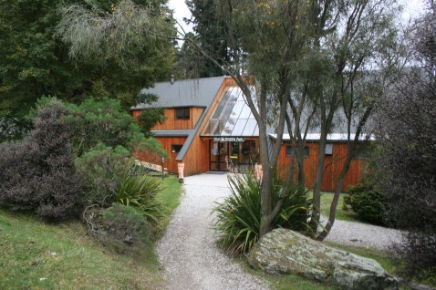 Kiwi Birdlife Park Centre