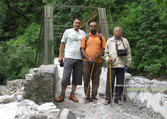 Valley of flowers trekking tour - Group 10th August, 2012
