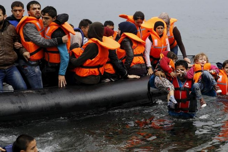 Message from Deep Cove Outdoors & Canada Cares – Helping the Syrian Refugee Crisis in Greece