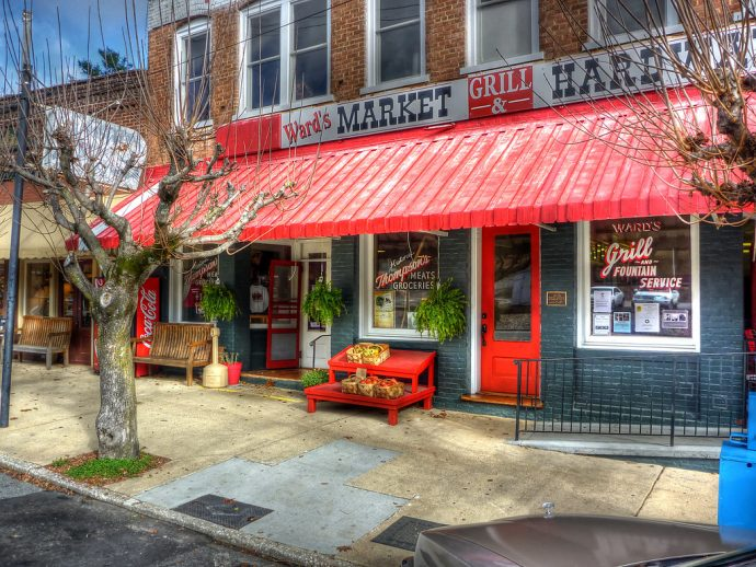 Ward's Market in downtown Saluda, NC