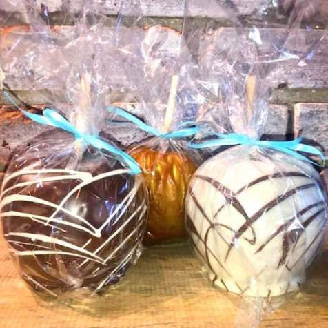 Gourmet Caramel Apples Sweet Shoppe of the South Bakery in Blue Ridge