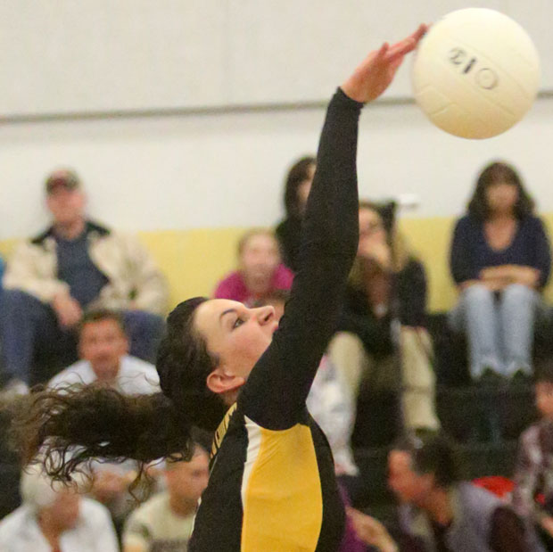 103013volleyball