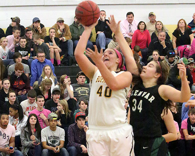 Amanda Hollandsworth: 1,000 points in her high school career.