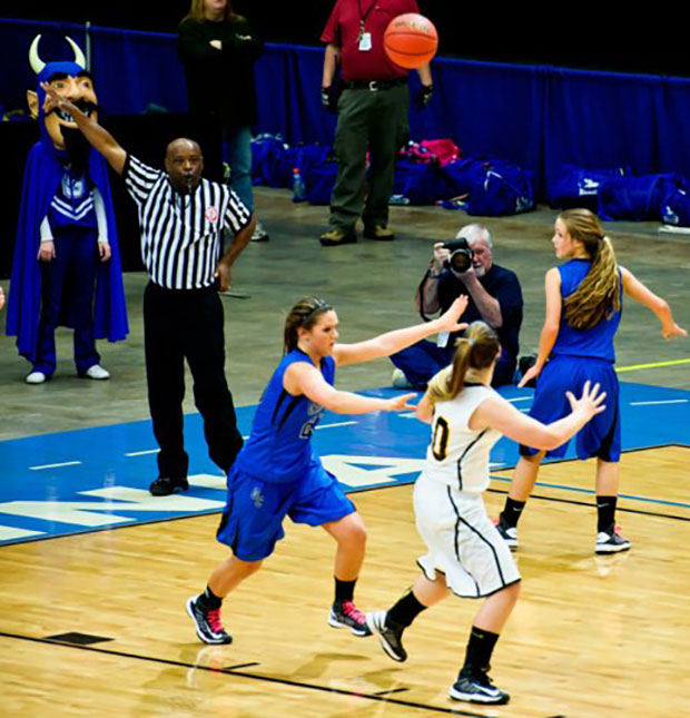 Photographing Virginia High School State Championship basketball in 2013 (Photo by Chelsa Yoder)