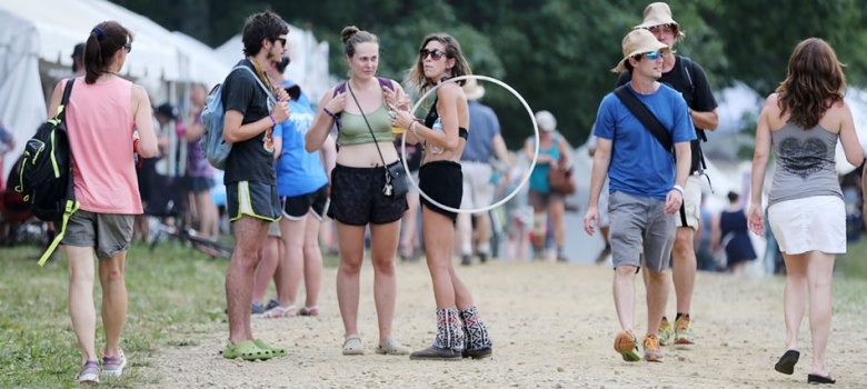 The crowds arriving at FloydFest.