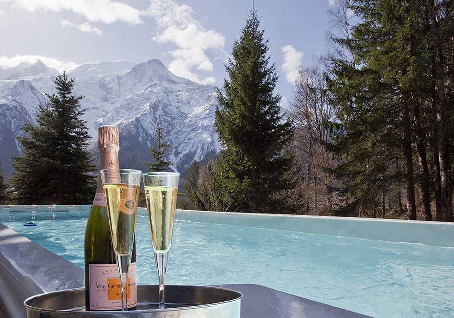 Chamonix Mont Blanc Luxury Yoga Retreat Spring Autumn Hiking Mountains Spa Hot Tub Pool Chalet Relax Alps