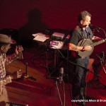 - Martin Simpson and Dom Flemons - St David's Hall - Oct 2015_0111l