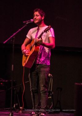 Rich Lown - St Davids Hall - March 2015 - 5 - _0048l