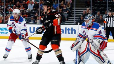 Photo of Zibanejad scores twice, but Rangers fall in shootout