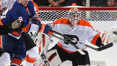 "Photo of Rangers ""trade"" goalie Tom McCollum, forward Lewis Zerter-Gossage to Flyers"