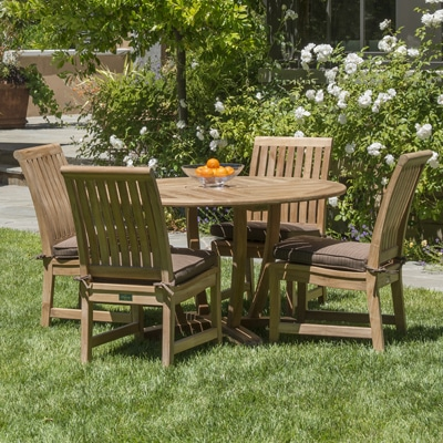 Round Outdoor teak table and chairs