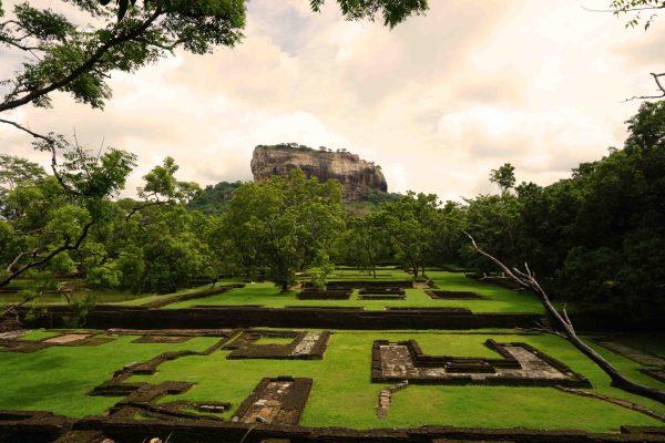 Sri Lanka Adventure Ep 1, Kandy & North Day Excursion