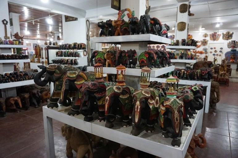 Blue Sky and Wine Travel Blog, Craft store from Sigiriya, Sri Lanka