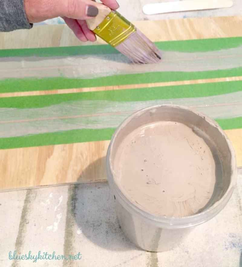 Easy DIY Thanksgiving Paint Project. How to make a creative decoration for Thanksgiving using chip letters, plywood, and chalk paint.