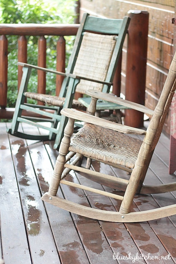 rocking chairs 1