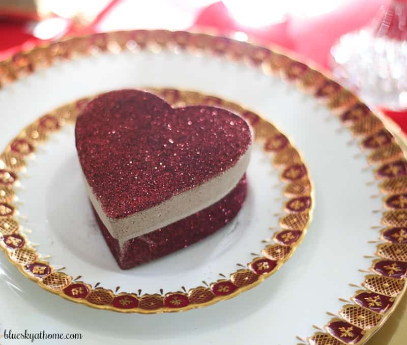 2 Super Cute DIY Projects For Valentineu0027s Day Under $10. Whether A Romantic  Table For