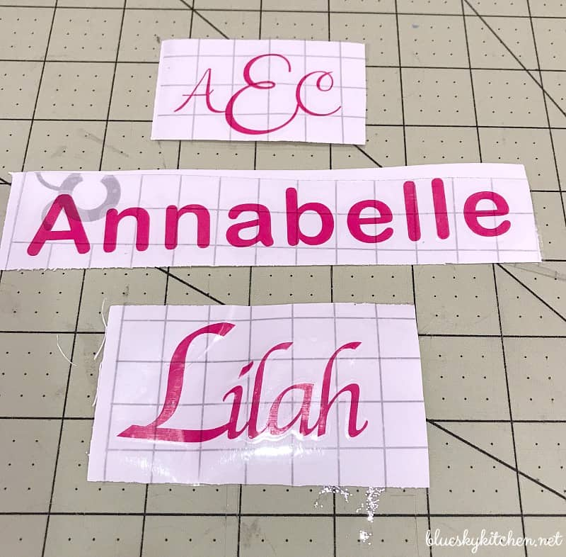 How to Make Vinyl Decals ~ Easy Step~by~Step Guide.
