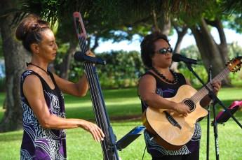 Ahumanu Hawaiian style duet